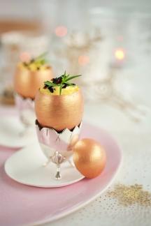 Brouillade d'oeufs aux truffes en coque dorée